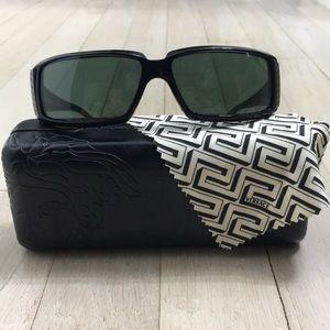100%Versace NWOT Sunglasses